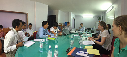 Meeting with the Ministry of Environment about a report card for the Mekong River. Credit: Simon Costanzo