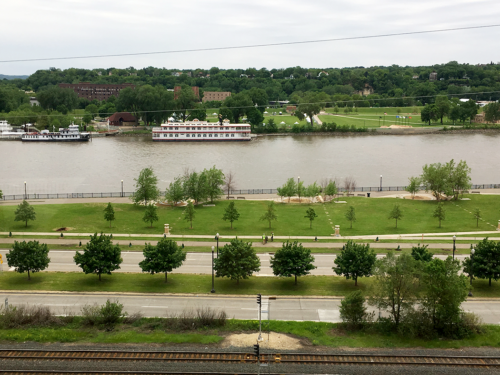 The view of the Mississippi River from the Science Museum. Most of St. Paul sits up on the bluffs overlooking the Mississippi. The National River & Recreation Area includes areas on both the shores of the river. Image credit: Caroline Donovan